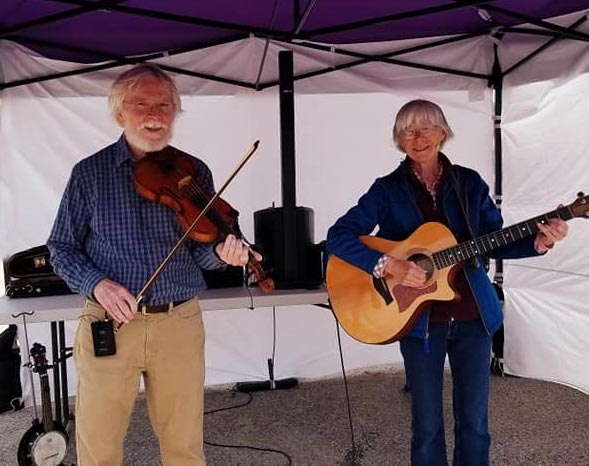 Steve & Sue at Manistique Farmers Market